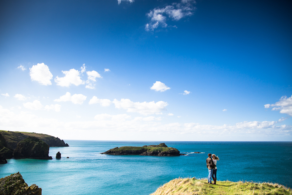 Expansive views for a pre-wedding shoot by Scott Sharples, Cornwall based wedding photographer